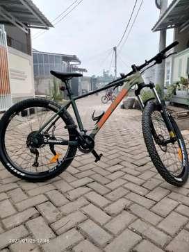 Sepeda MTB merk united clovis3 11 speed nominus normal semua