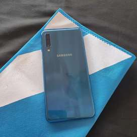Samsung Galaxy A7 4/64Gb 2018