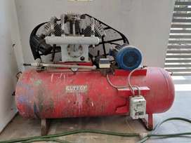 AIR COMPRESSOR - PREVIOUSLY USED FOR AUTOMATIC PRINTING MACHINE