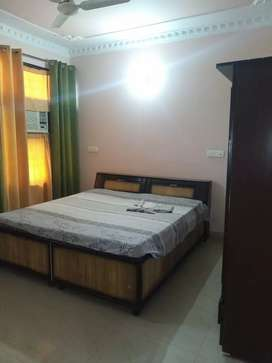 2 ROOM SET,1FLOOR( SMALL FAMILY)