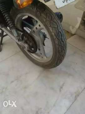 Alloys, tyres and other spare parts for sale.