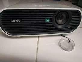SONY LCD PROYEKTOR