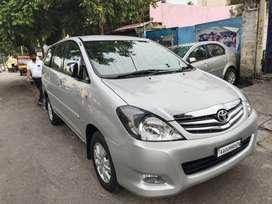 Toyota Innova 2.5 V 8 STR, 2010, Diesel