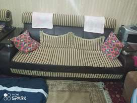 Seven seater sofa in genion condition leather touch