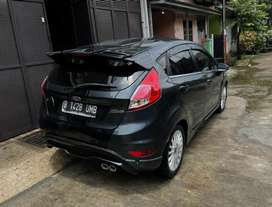 Ford Fiesta Tipe Sport Facelift AT/ Automatic Tahun 2013 Abu2 , 2014