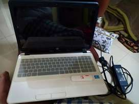 HP Laptop single hand use