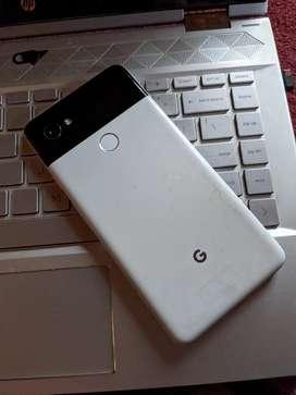 Google Pixel 2 XL 64 GB in good condition