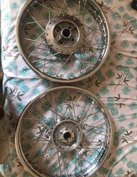 Royal Enfield standard 500 and classic 350/500 spoke wheels