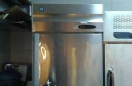 Chiller 2 Half-Upright Freezer Hoshizaki