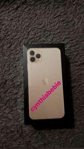 iPhone 11 Pro Max 256 dual Like new muluss