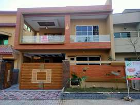 10 Marla House For Sale In Bahria Town Phase 3