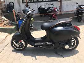 Vespa sprint 3v limited 2015