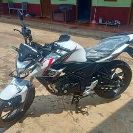 Honda cb150r THN 2017 plat b pajek idup panjang MTR mlus bgt km 17rb