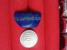 batu biru lazuli