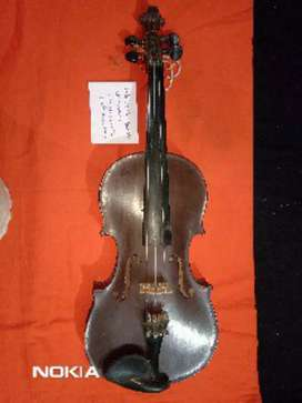 I want to sell my German violin in very good condition