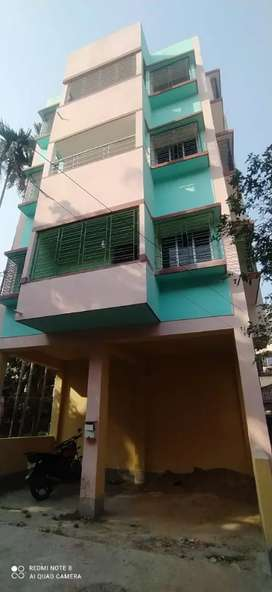 New flat just 1mnt distance from main road