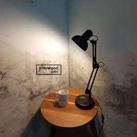 Lampu Meja Kerja atau Lampu Meja Belajar Bahan Besi Asli