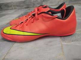 Football Grippers Mercurial
