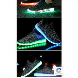 Led light shoes lightup shoes rechargeable led shoes ghar Bethy Hasil