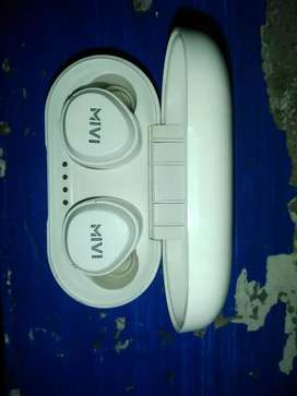 Mivi earpod with full better condition