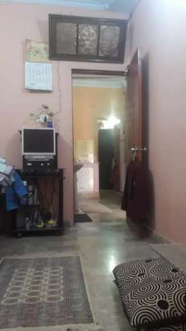 Flat 4th floor 2 rooms Allah Wala town  korangi crossing karachi