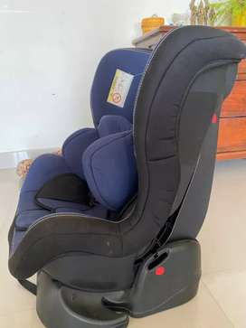 Luvlap child car seat