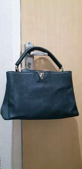 Tas LV leather hitam