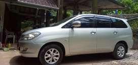 Toyota inova G 2.0 2005