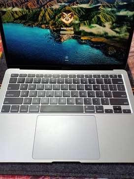 Apple MacBook Air 2020 model 5months old