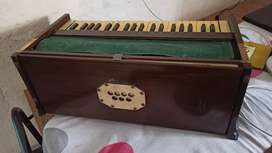 Old made Harmonium