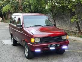 Isuzu Panther 1992 Merah metalik. Mesin istimewa tidak ngobos. Plat H