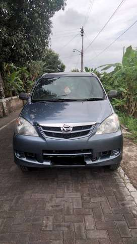 Daihatsu Xenia Xi Deluxe