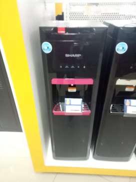 Dispenser sharp standing SWD-66EHL-BP