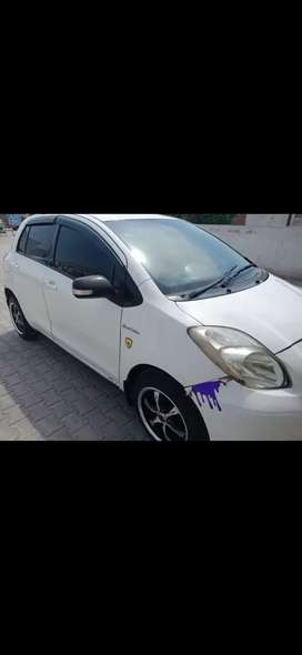 Vitz 8/12 mode,fully option,power windows and doors,central locking,