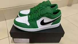 AJ 1 LOW PINE GREEN