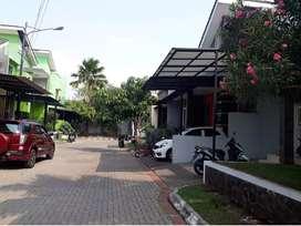 KEREN & CIAMIK  Rumah bagus di Pondok kelapa