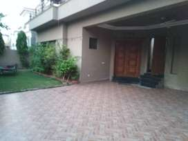 1 kanal Hot looking upper porsion for rent in sui gas society block E