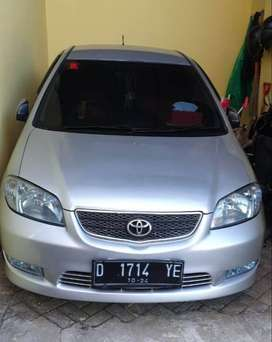 Toyota Vios G Matic Silver 2004 Plat D