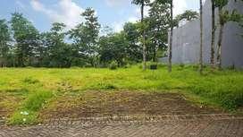 Tanah Kavling Luas di Araya Golf, Row Jalan Lebar, Harga Nego