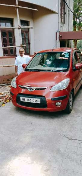 Mint condition car chrrey colour i10 magna
