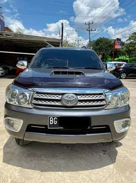 Toyota fortuner 2011 tipe G 2.5 A/T