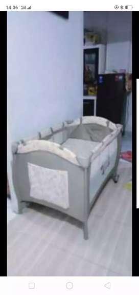 Box / keranjang bayi merk baby does