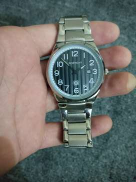 I want to sell Givenchy watch