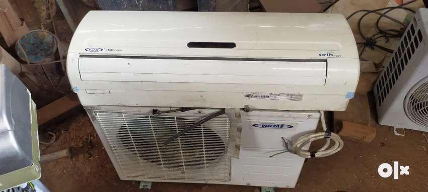 Voltas 1.5 ton split air conditioner 0