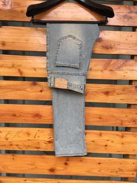 BLUE WATER JEANS KOREA SIZE 29(30masuk)