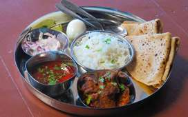 WE ARE HIRING MAHARASHTRIAN COOK AT GUJARAT_CALL 8657*516797