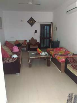 Fully Furnished 3BHK flat for Sell in New Navratan Complex