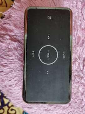 Bose BE8 Bluetooth speaker