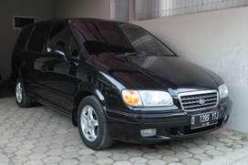 Jl. Hyundai Trajet 2.0 A/T tahun 2000
