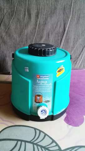 Thermo insulated water container 8 litre